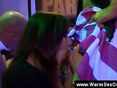 Tuyệt đẹp buổi quan xes sv vn hệ tình dục với dễ thương Claire Dames